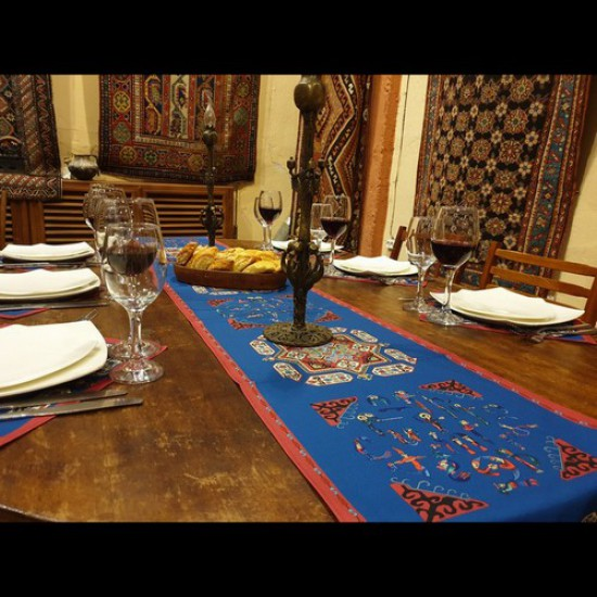 Table Runner TS-06002